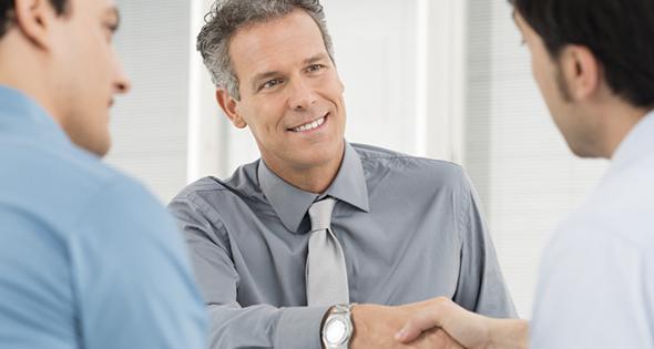 Asociación que ayuda a encontrar empleo a mayores de 50