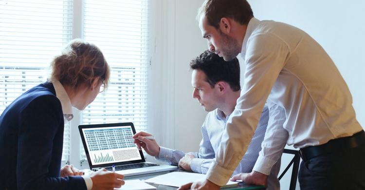 Trucos de excel para no quedar mal en la oficina (iStock)