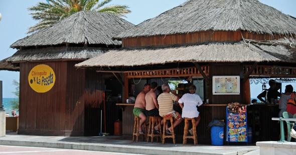 Chiringuito de playa. CaronB (iStock)