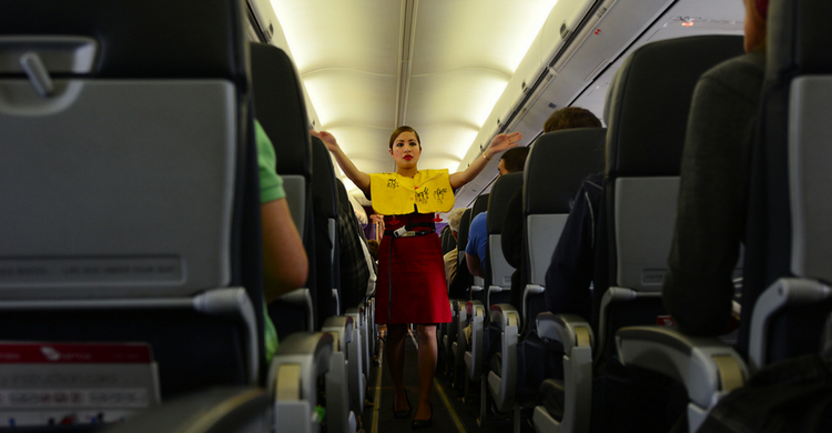 Auxiliar de vuelo (iStock)