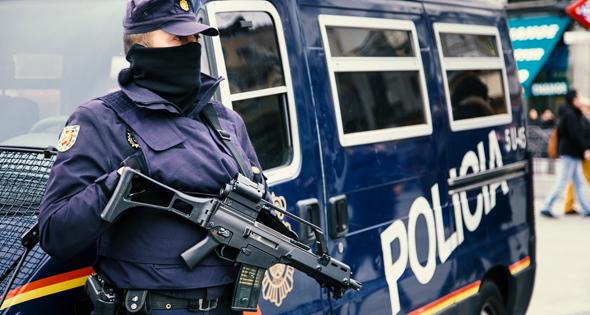 Policía Nacional durante su jornada laboral