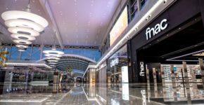 Tienda Fnac en un centro comercial español. (https://www.facebook.com/Fnac.es/)